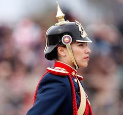Chilena in a pickelhaube
